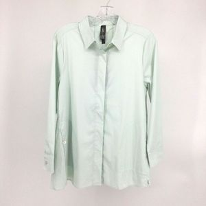 Marla Wynne Top Women Small Button Front Collared